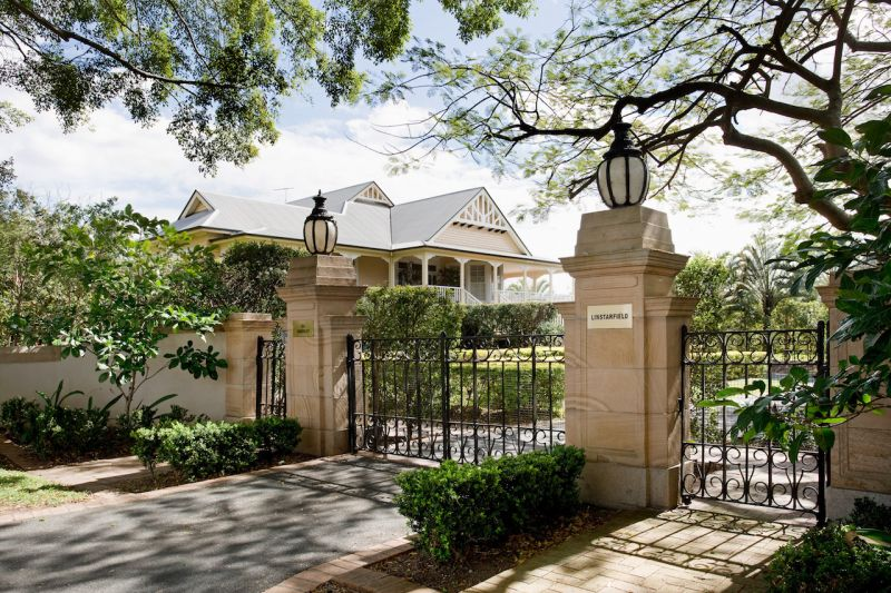 獨棟家庭住宅 為 出售 在 'Linstarfield' Magnificent Colonial landmark Clayfield, Queensland,4011 澳大利亞