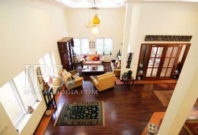 Tonle Bassac, Phnom Penh | Villa for sale in Chamkarmon Tonle Bassac img 0