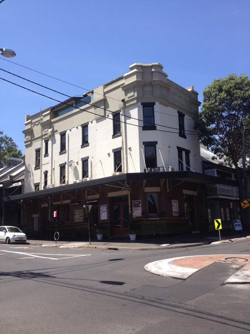 The Darlo Village Hotel (formerly the Trademan's Arms Hotel), Darlinghurst