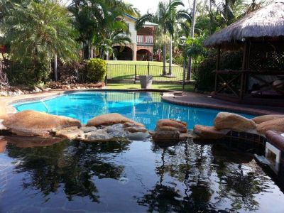 Large Family Queenslander With Pool & More Than Enough Room To Move!