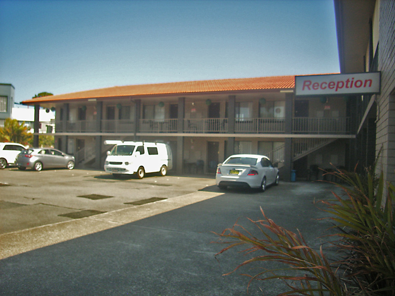 LEASEHOLD MOTEL FOR SALE- REFURBISHED THROUGHOUT