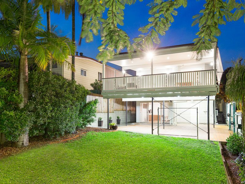 145 Arthur Terrace Red Hill 4059