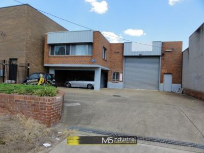 422SQM - FREESTANDING WAREHOUSE WITH YARD