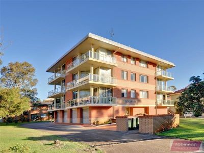 5/4A Intrepid Close, NELSON BAY