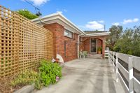 2/22 Connaught Crescent
