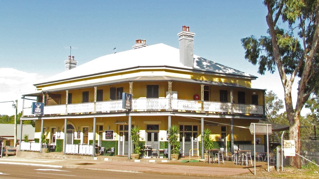 HOTEL FOR SALE- The Family Hotel, Maitland
