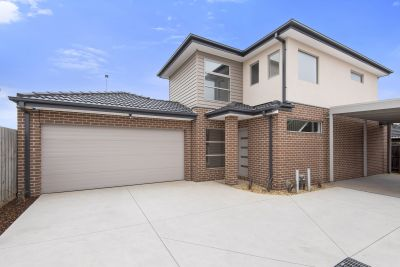 2/83 Barber Drive, Hoppers Crossing
