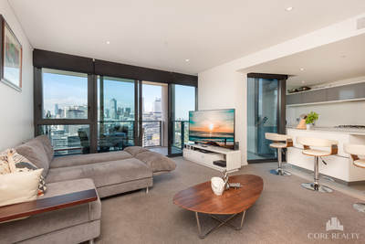 Large 2+Study With Yarra River Views