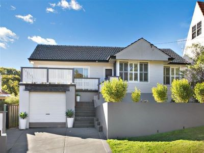 4 Yarrum Street, ADAMSTOWN HEIGHTS