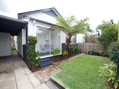 14 Bowser Street, HAMILTON NORTH