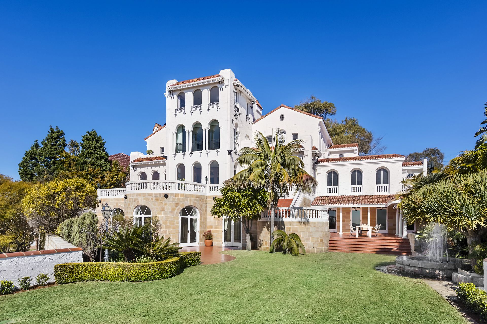 Additional photo for property listing at 'Alcooringa' - The Glamour Of Old Hollywood With Panoramic Harbour Views And Every Luxury  Bellevue Hill, New South Wales,2023 Australien