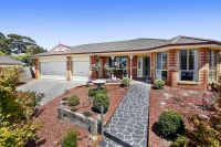 4 Pinot Place Yarra Glen, Vic