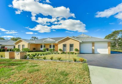 Expansive Family Living on 2023m2