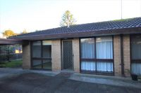 One Bedroom Unit in Ideal Court Location!