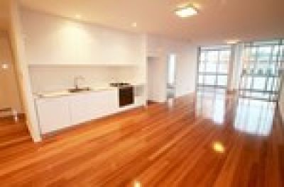 DEPOSIT TAKEN The Forum - Over-sized Designer Apartment - Conveniently Located