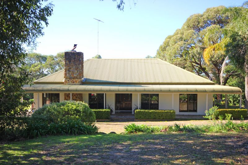 SOLD BY IN CONJUNCTION REAL ESTATE. More acreage properties needed urgently as we have genuine buyers waiting to purchase now.