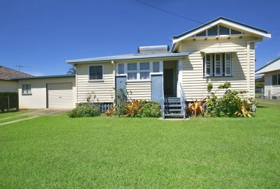 Charming Lowset Colonial + Sheds on 865m2