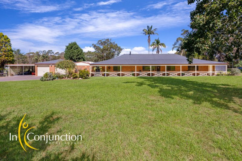 A beautiful property with rolling green pastures, wide road frontage plus 4 bedroom cottage-style home. Ideal for horses or hobby-farm enthusiasts.