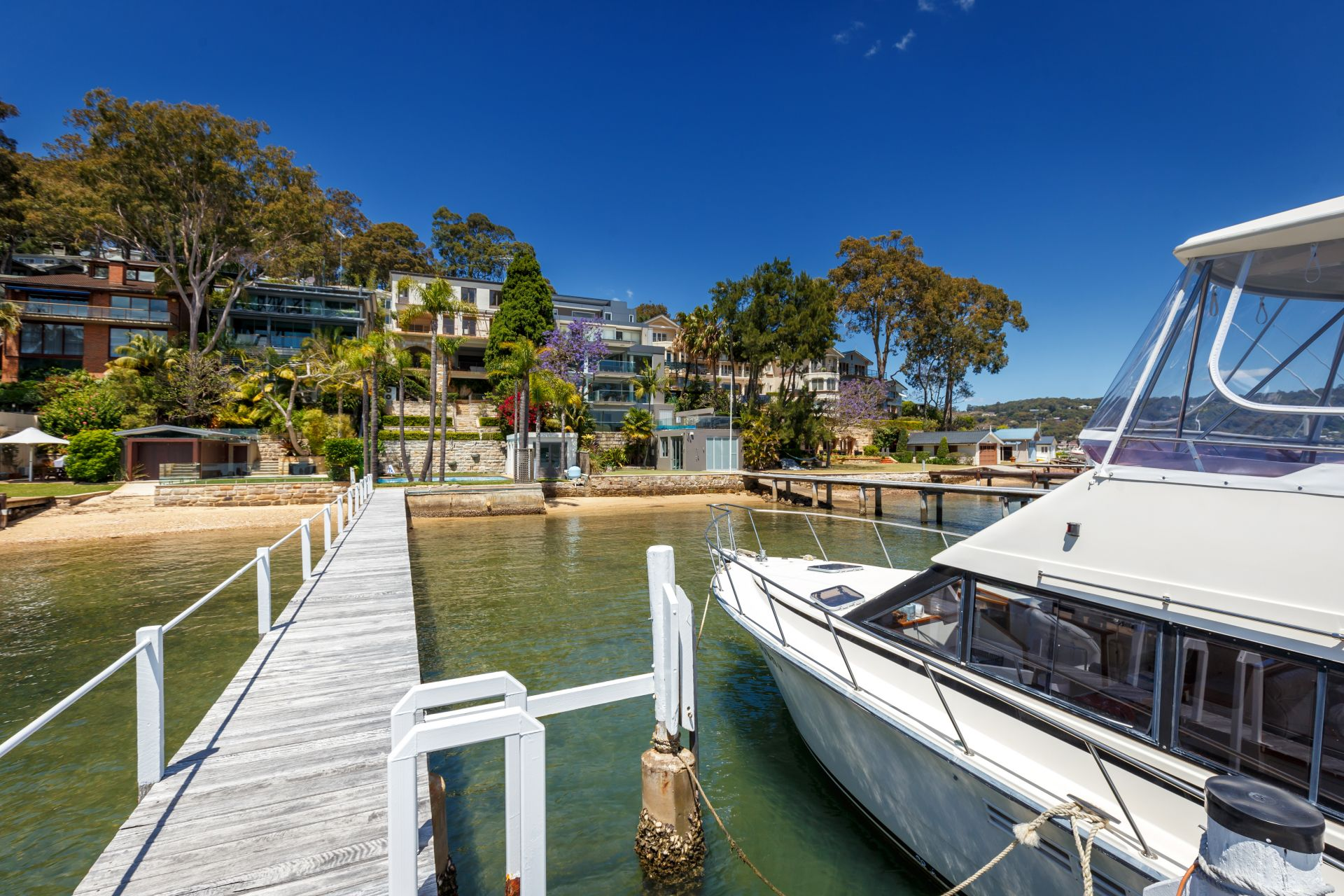Additional photo for property listing at 'La Dolce Vita' - Mediterranean-inspired waterfront 98 Prince Alfred Parade Newport, New South Wales,2106 Austrália