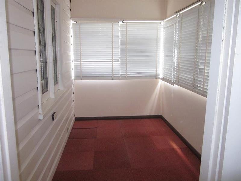 40 Bulkara Street, ADAMSTOWN HEIGHTS