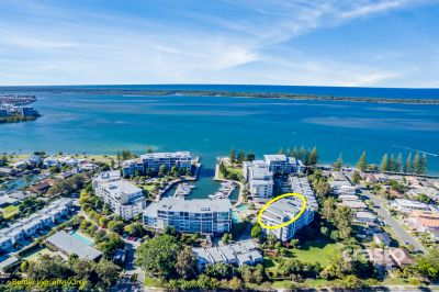 Luxury Waterfront Penthouse with Marina Berth and 360 degree Views