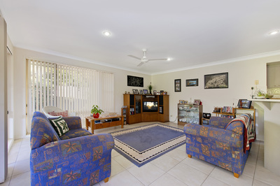 8, Solebay Pl, LAKE CATHIE - Julie Fullbrook