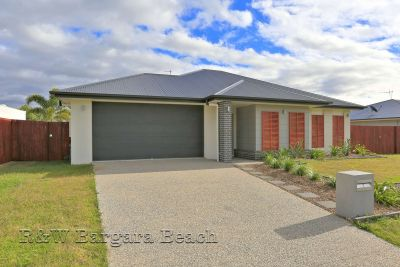 7 Peggy Drive, Coral Cove