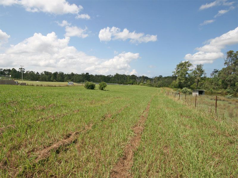 Vacant Land: Beautiful all arable 5 acre block; a blank canvas on which to built the beautiful rural home you have been waiting for