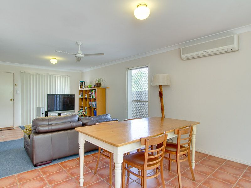 8/29 Oatland Crescent Holland Park West 4121