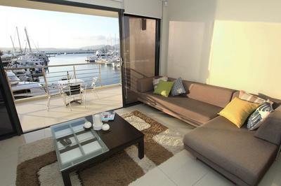 NM1913 - Kingfisher Apartments - CK