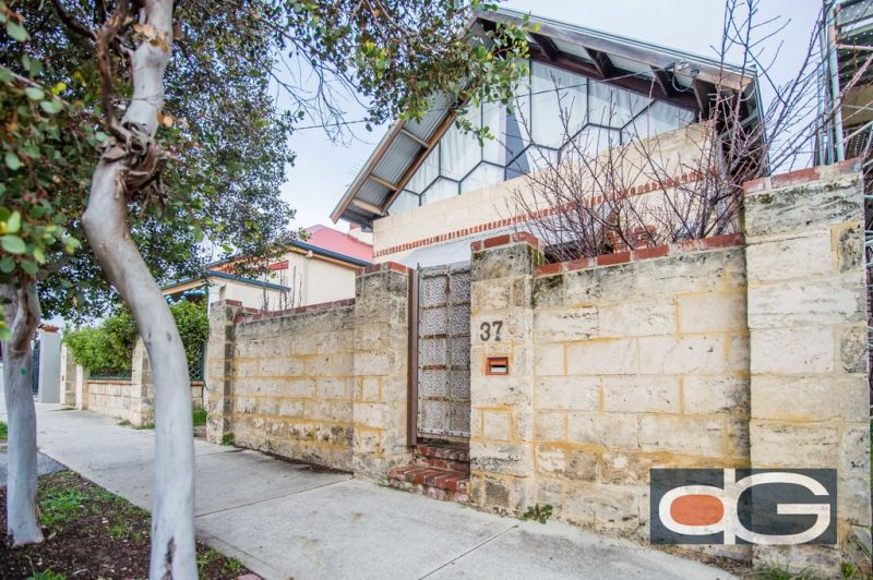 37 South Street, South Fremantle