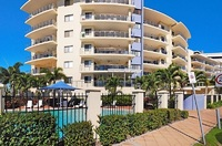 Fully Furnished Riviera Apartments - Water View and Pool in Complex