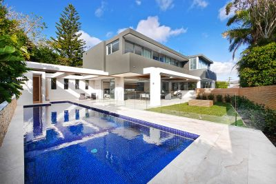 A World-Class Family Residence With Panoramic Harbour Views And Every Conceivable Luxury
