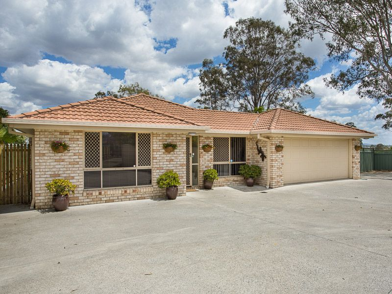 33 Muirfield Crescent Oxley 4075