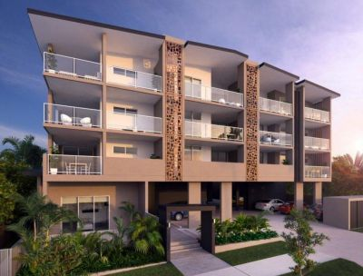 Modern & Spacious Apartment - A/C, Large Balcony & More