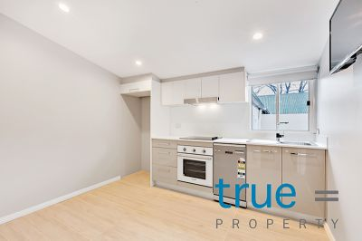 = HOLDING DEPOSIT RECEIVED = CHARMING COTTAGE HOME MOMENTS AWAY FROM ERSKINEVILLE SHOPS