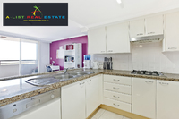 Very Large 2 Bedroom Unit, Golden Opportunity in a Great Building.    Close to Schools, Parks, Shops, Restaurants & Transport.