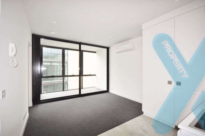Modern 1 Bedroom Apartment in Collingwood