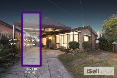 697m2 FAMILY HOME WITH PLANS AND PERMITS!