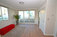 1 Bedroom Unit - JUST PAINTED, NEW POLISHED FLOORBOARDS!.