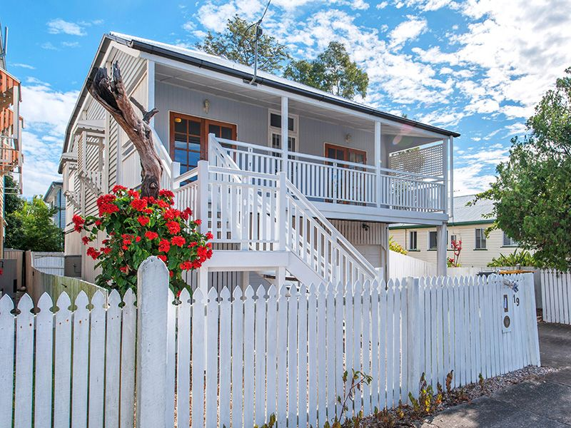 19 Salstone St, Kangaroo Point, QLD