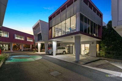 Modern & Bright Office Space Ideal for Medical / Consulting / Showroom with Great Fitout, Street Frontage, Signage & Parking!