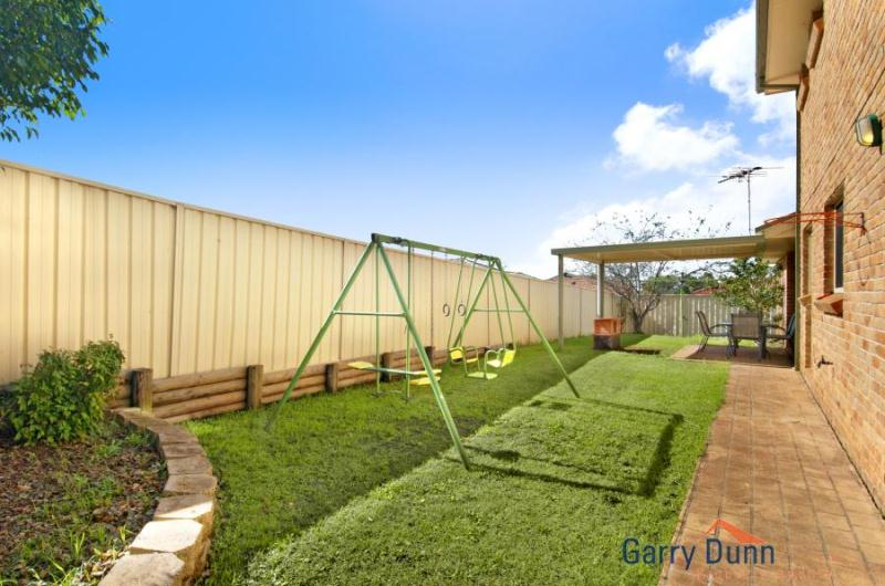19 White Cliffs Avenue, Hoxton Park