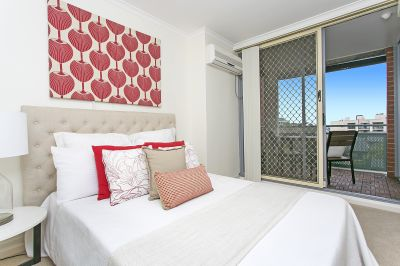 Vibrant City Apartment