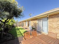 1/18 Shoreline Drive Fingal Bay, Nsw