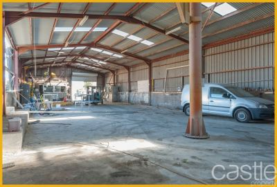 High Clearance Workshop Warehouse!