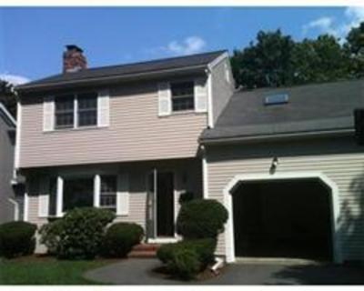 Fantastic contemporary townhouse in desirable Waban location