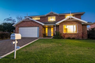 22 Toll House Way, Windsor
