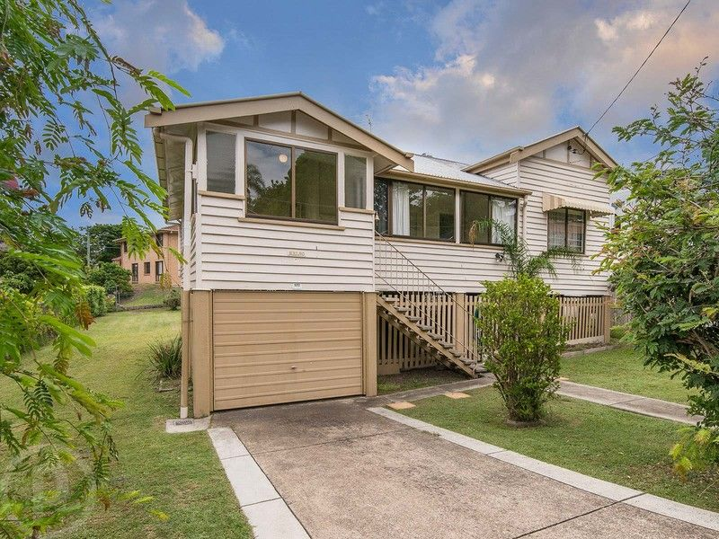 FULLY FENCED FAMILY HOME