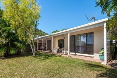Semi Detached for sale in Cairns & District TRINITY BEACH
